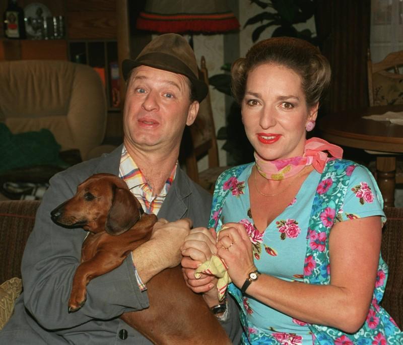 Hausmeister Krause und seine Frau Lisbeth.
