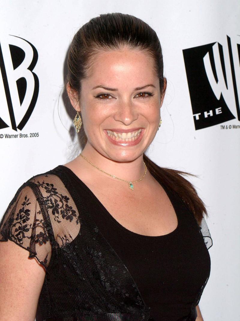"""Die ehemalige """"Charmed""""-Darstellerin Holly Marie Combs sieht heuteganz anders aus."""