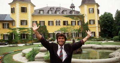 """""""Ein Schloss am Wörthersee"""": Das müsst ihr über die Kultserie wissen"""