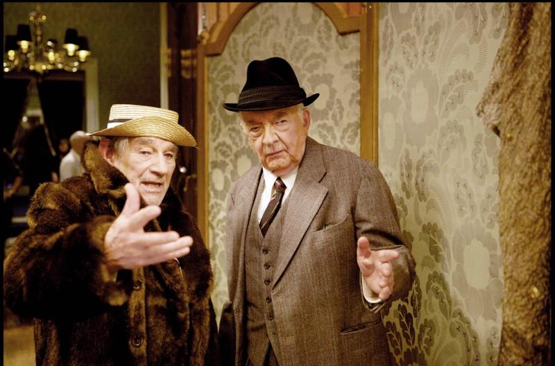 """""""Elphias Doge"""" (rechts) war der enge Vertraute von """"Albus Dumbledore""""."""