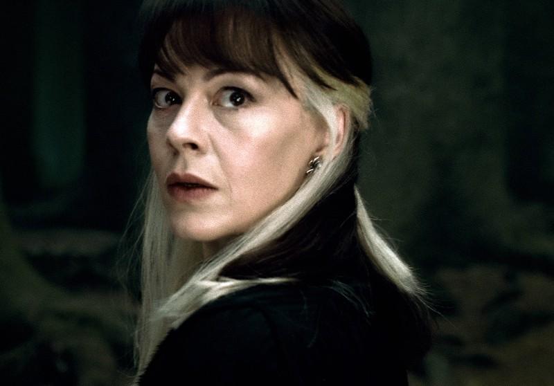 """Helen McCrory als Narzissa Malfoy, die jahrelang in der """"Harry Potter""""-Reihe  mitspielte, aber am Ende an Krebs verstarb"""