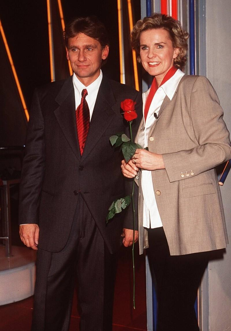 Moderator Rainhard Fendrich mit Hera Lind.
