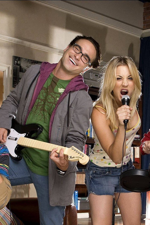 """Die Stars von """"The Big Bang Theory"""" waren auch mal zusammen. Doch irgendwann folgte die Trennung, sodass die Liebe der beiden verpufft war"""