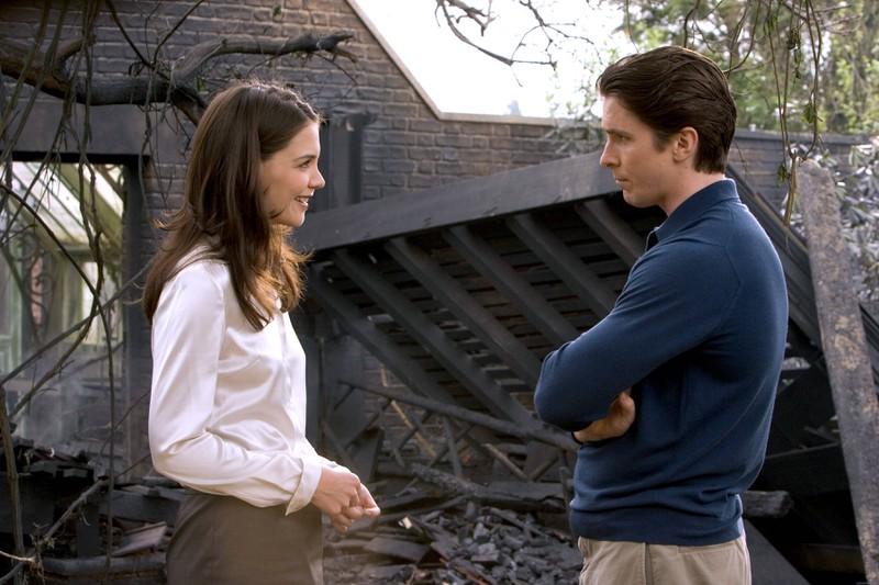 """In """"Batman begins"""" standne Katie Holmes und Christian Bale vor der Kamera. Und obwohl sie ein Liebespaar spielten, sprang der Funke irgendwie nicht über"""