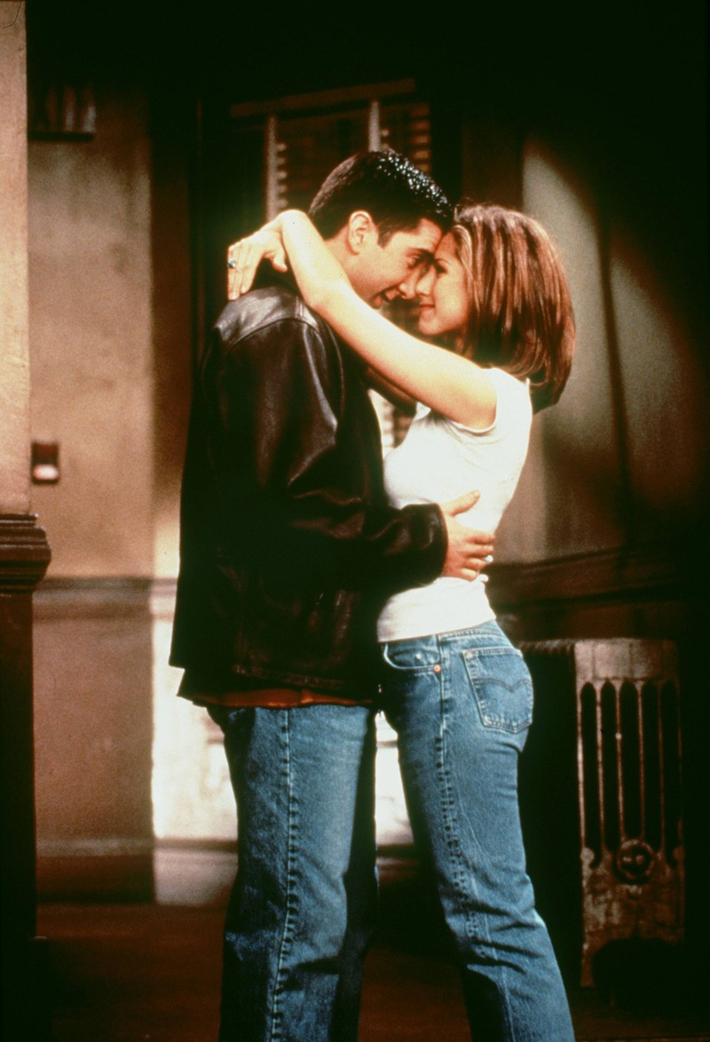 """In der Serie """"Friends"""" begeisterten Jennifer Aniston und David Schwimmer als Liebespaar. Doch in der Realität konnten sie sich nicht ausstehen"""