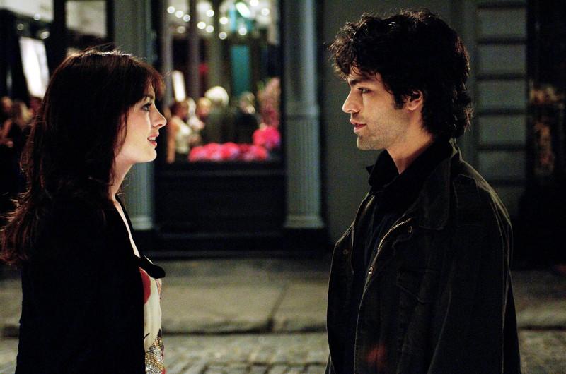 """In """"Der Teufel trägt Prada"""" hatte Schauspielerin Anne Hathaway Adrian Grenier an ihrer Seite. Dennoch haben sie als Paar nicht gut funktioniert"""