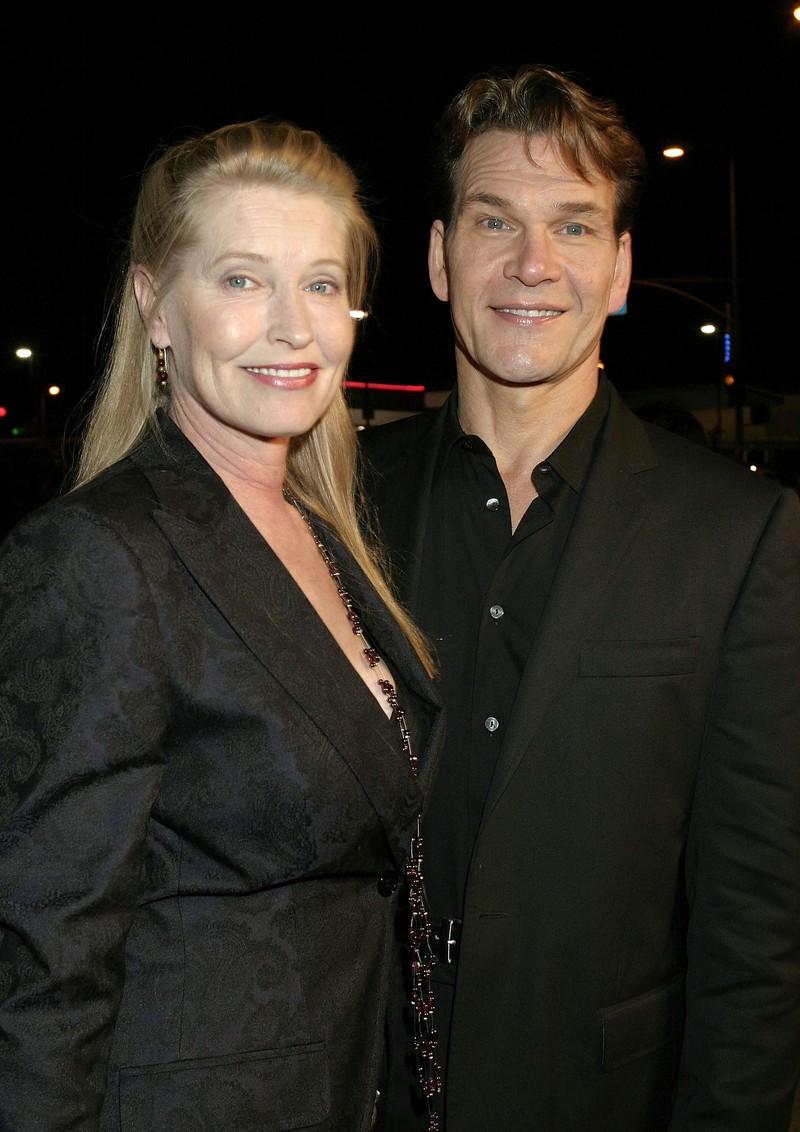 Hier strahlt Patrick mit seiner Ehefrau. Mit seiner Schauspielpartnerin Jennifer funktionierte es nur als TV Paar