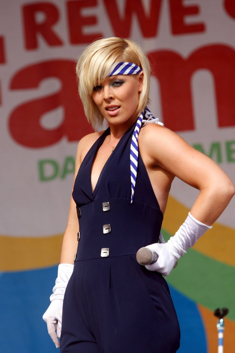 "Leonore Bartsch war Teil der Popstars-Band ""Queensberry""."