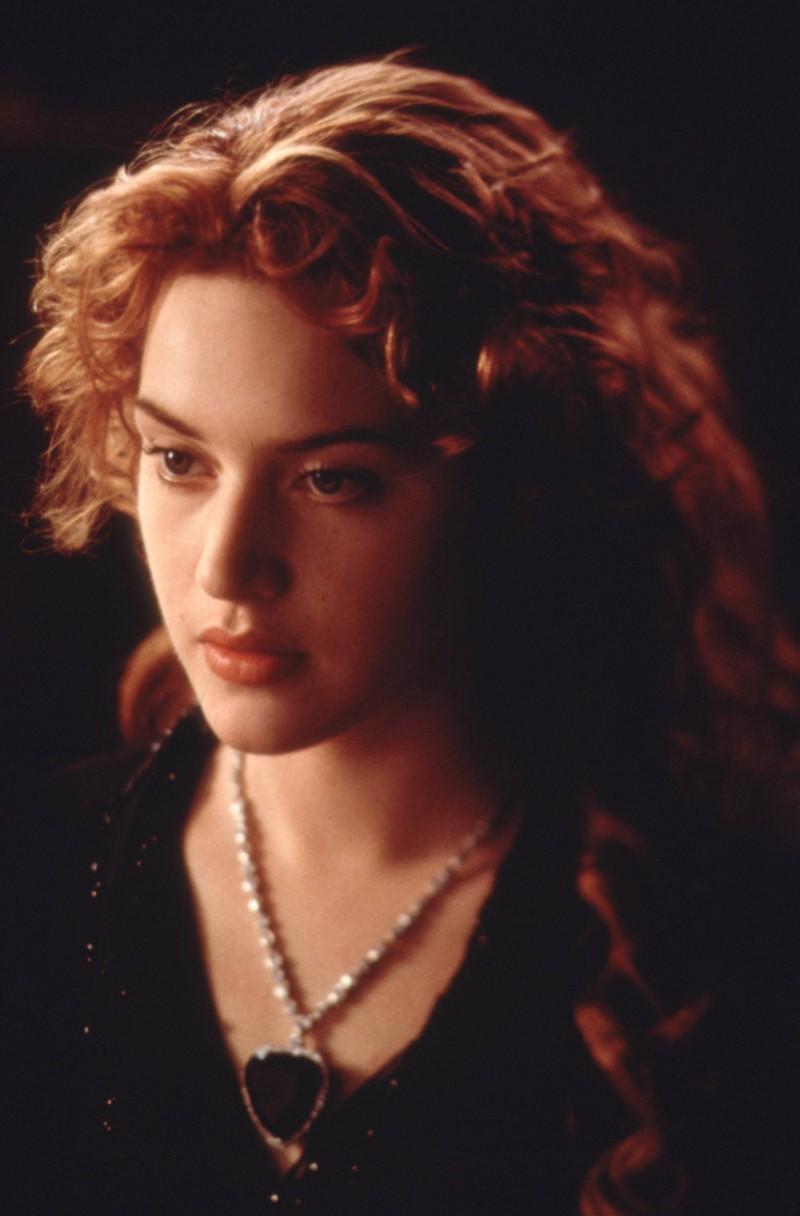 Im Film Titanic gibt es einen Filmfehler, weil Rose Muttermal wandert.