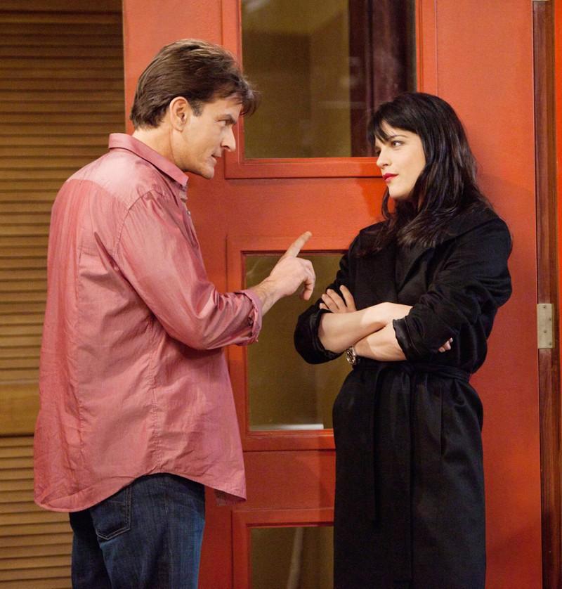 """Charlie Sheen sorgte dafür dass Selma Blair am Set von """"Two and a Half Men"""" gehen musste"""