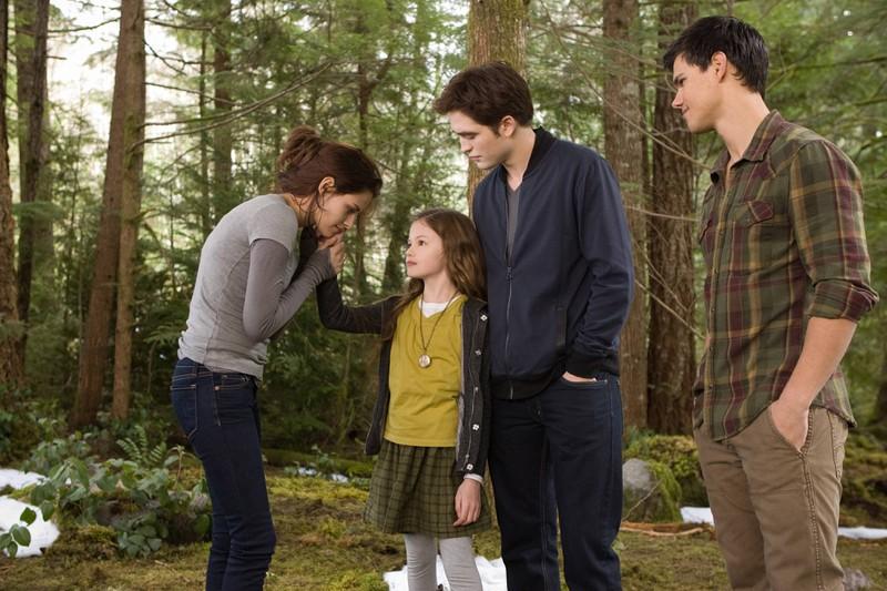 """Die meisten kennen Darstellerin Mackenzie Foy aus """"Twilight""""."""