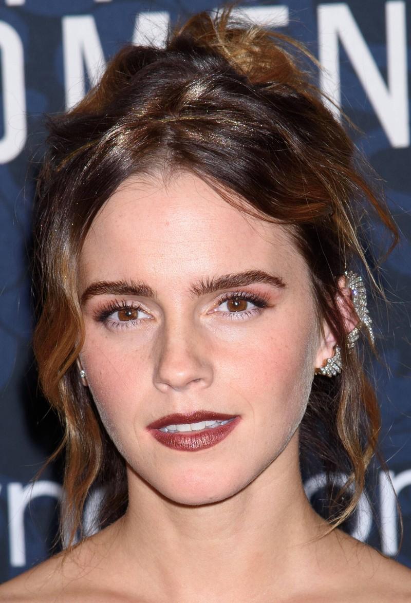 Emma Watson sieht heute sehr hübsch aus.