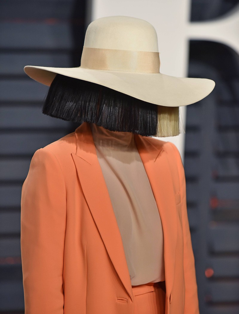 Von der Sängerin Sia kennen nur die wenigsten das Gesicht