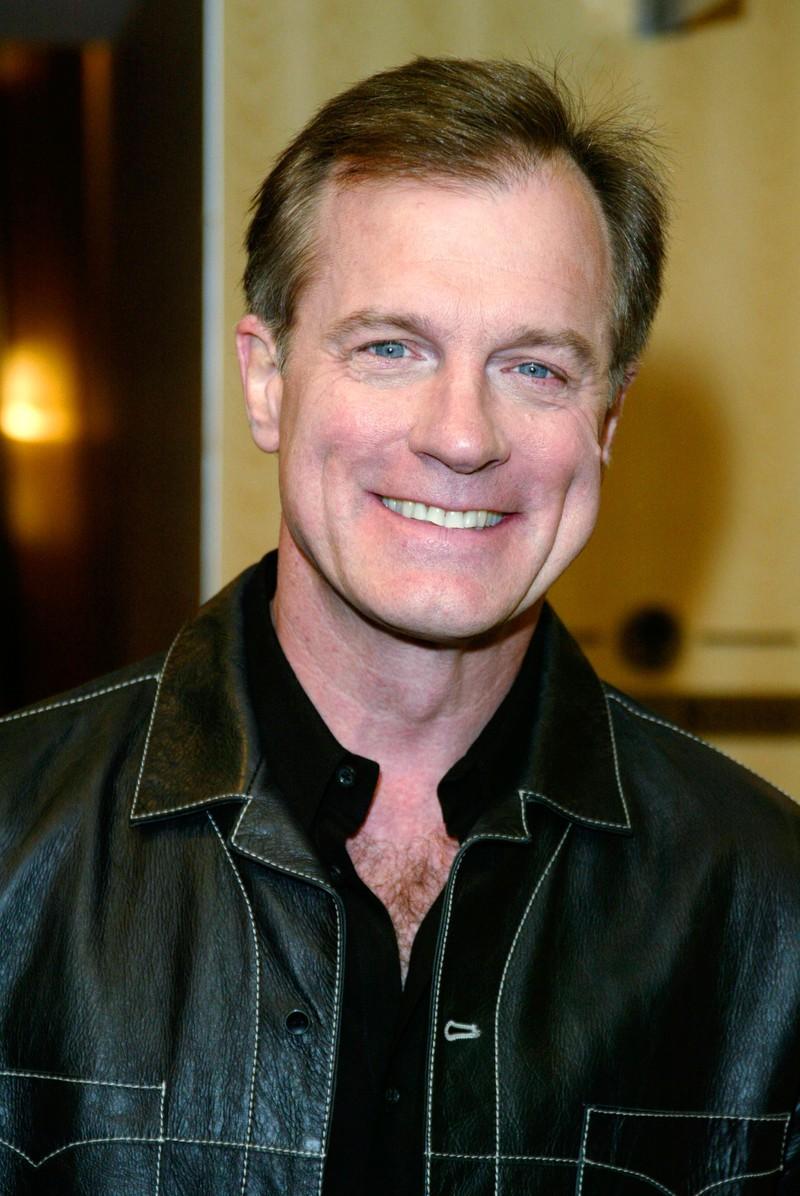 Stephen Collins spielte den Pastor Camden