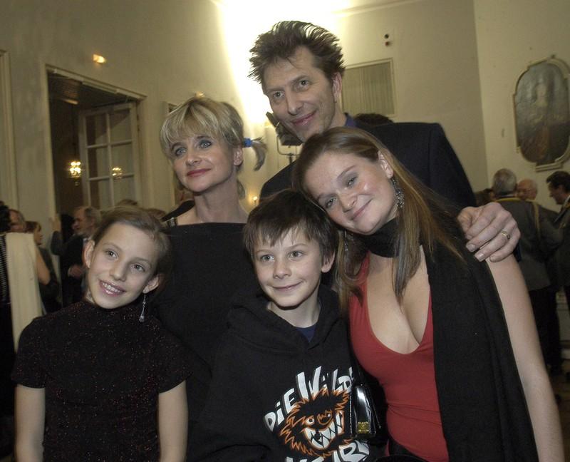 Jonathan Beck mit seiner Familie, Vater Rufus Beck ist auch dabei.