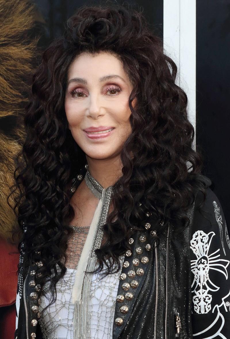 Promi Cher.