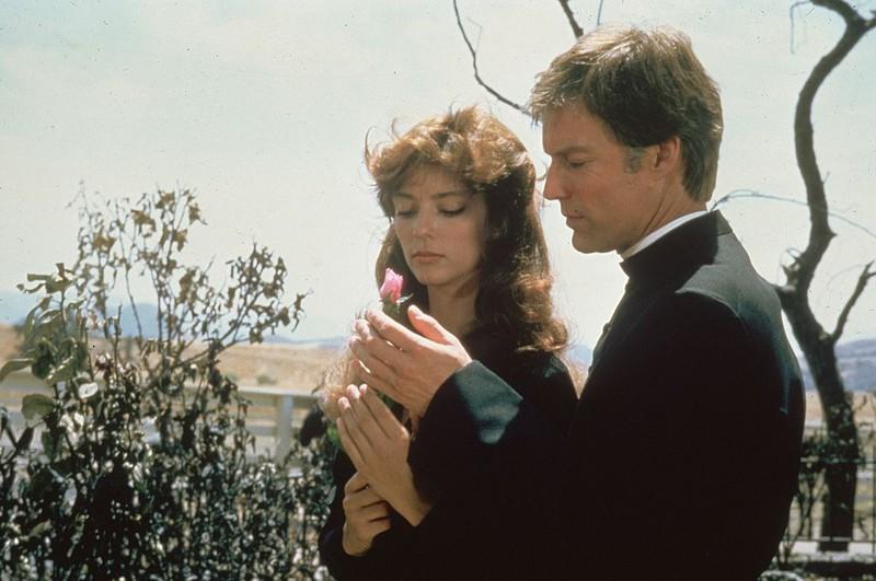 """Rachel Ward und Richard Chamberlain in einer Szene in """"Die Dornenvögel"""""""