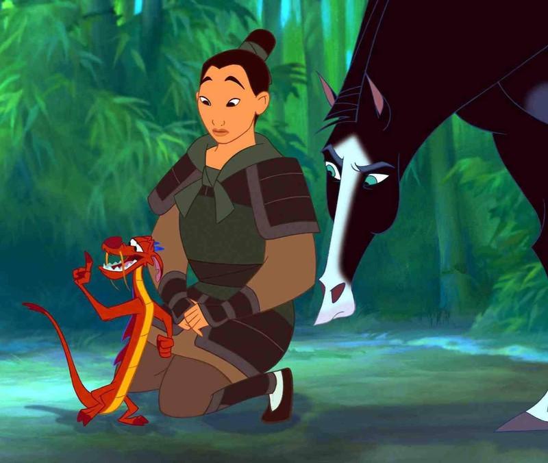 Mulan mit ihren Freunden.