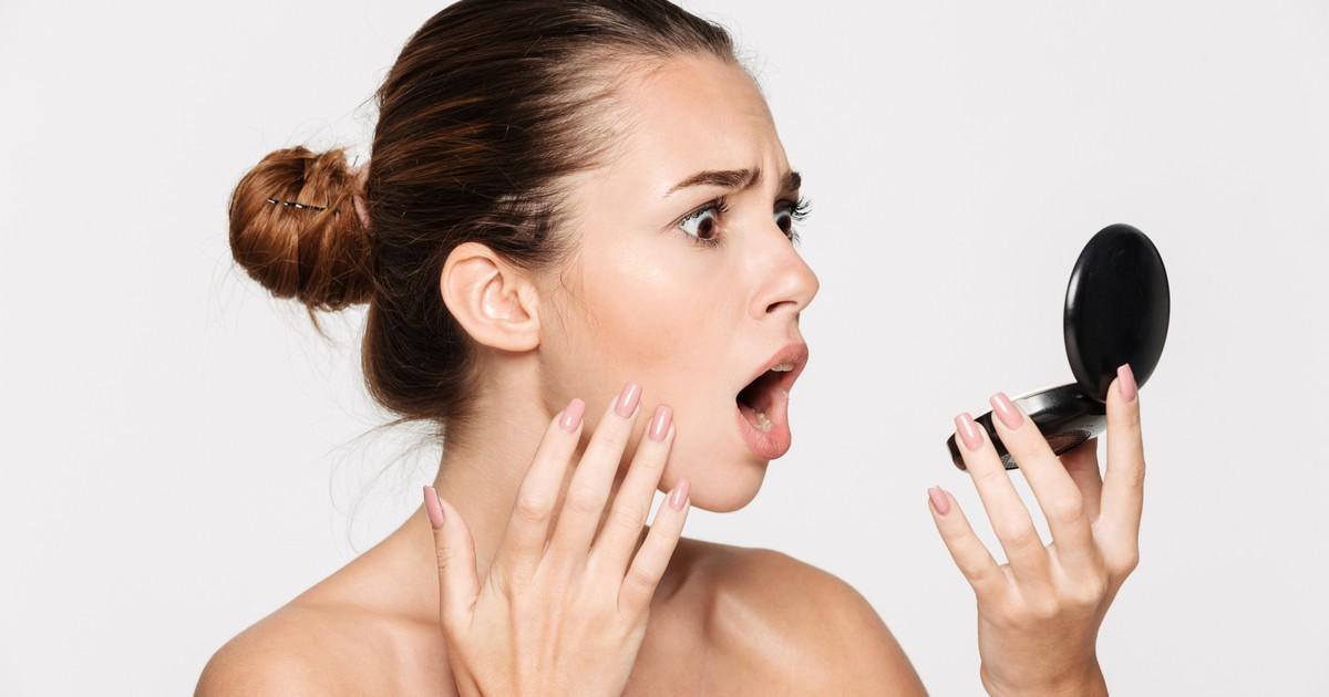 5 Wege, wie man sich früher geschminkt hat, sich heute aber schämen würde