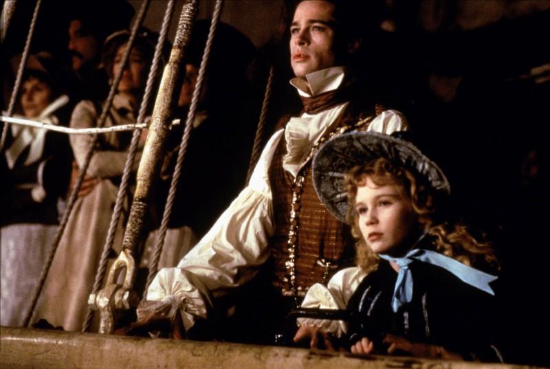 """In """"Interview mit einem Vampir"""" küsste die 11-jährige Kirsten Dunst Brad Pitt, allerdings sträubte sie sich dagegen."""