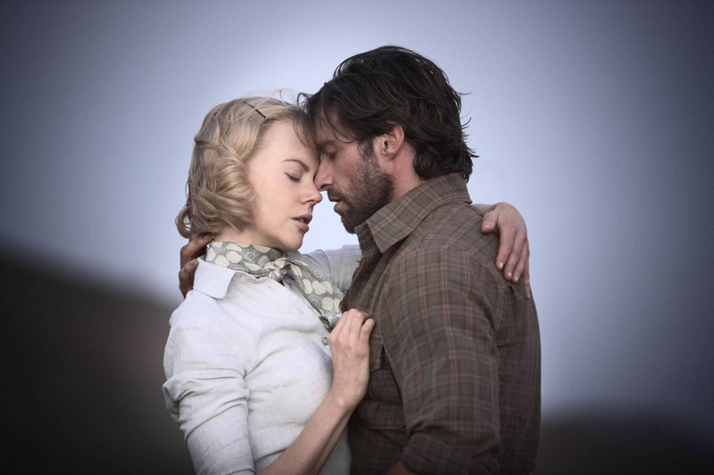 """Nicole Kidman und Hugh Jackman standen vor einem großen Team, als sie sich in dem Film """"Australia"""" küssten."""