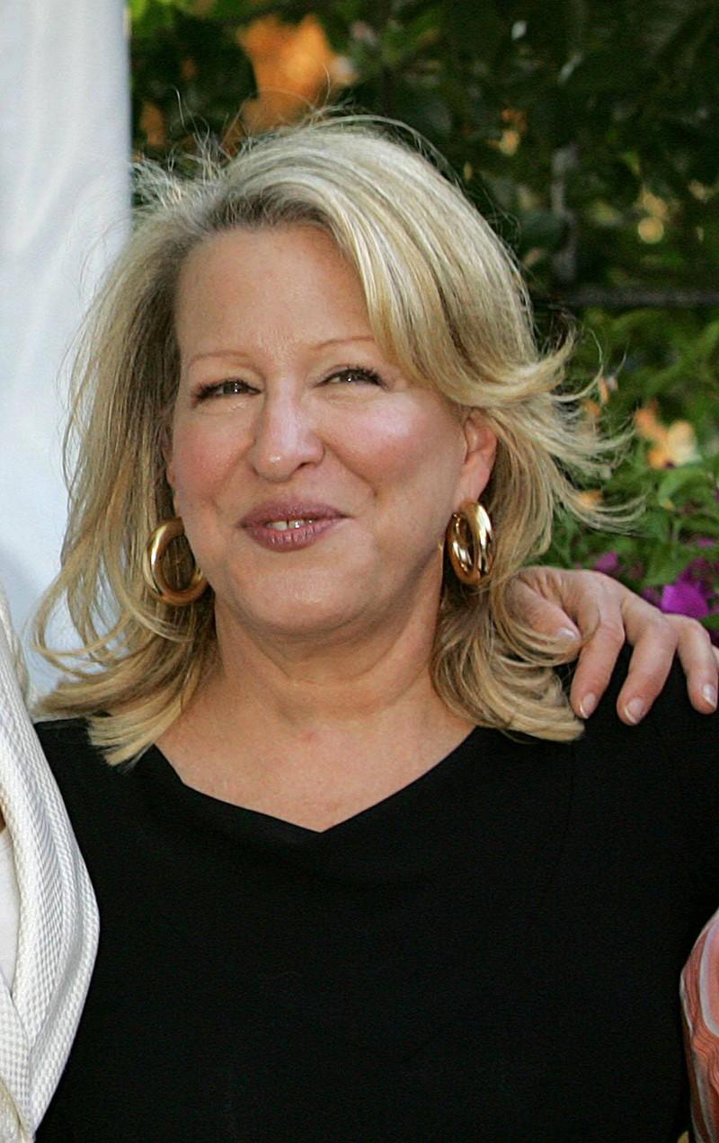 Bette Midler zeigt sich heute mit Botox im Gesicht, wie viele Stars