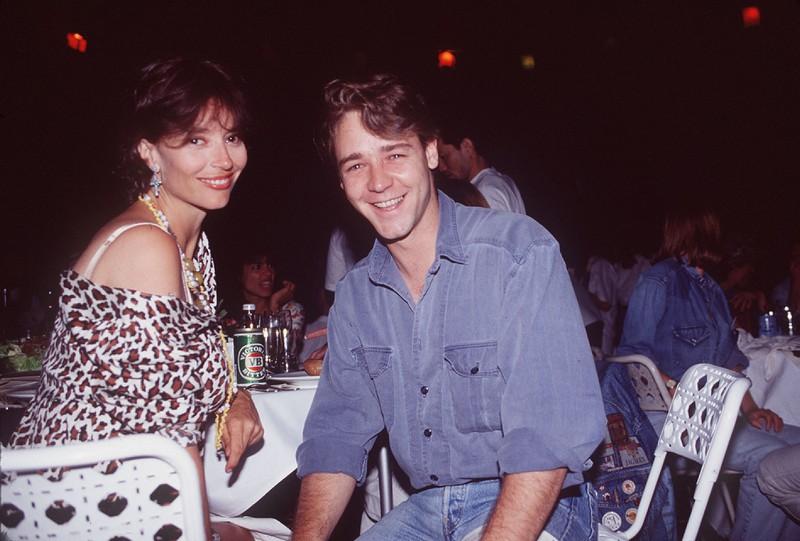1992 sah Russell Crowe komplett anders aus als heute, wir hätten ihn fast nicht erkannt.