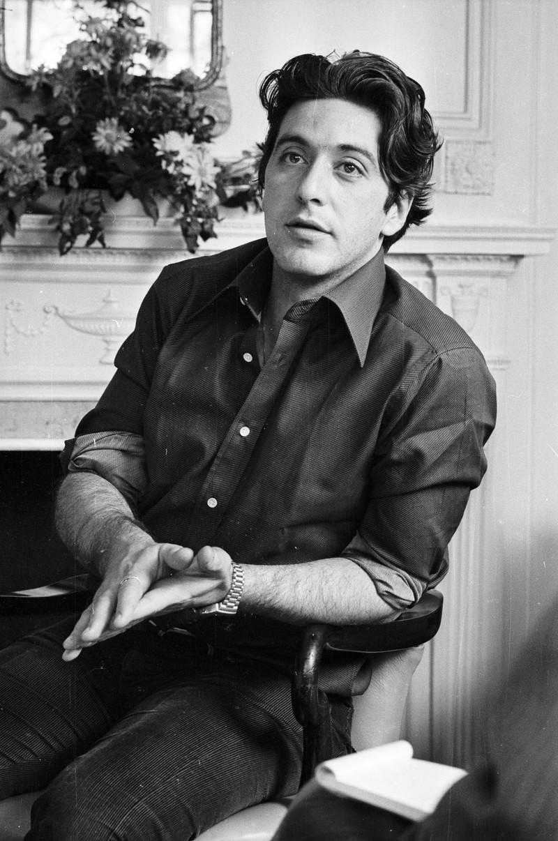 Al Pacino sah mit 34 ganz anders aus als heute - er hat eine große äußerliche Entwicklung durchlebt.