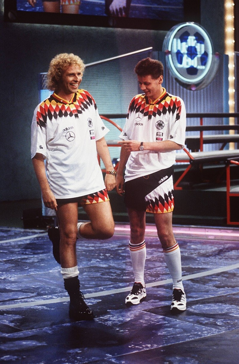 Thomas Gottschalk und Günther Jauch sahen im Jahr 1994 noch ganz anders aus, als heute, aber mindestens genauso charmant.