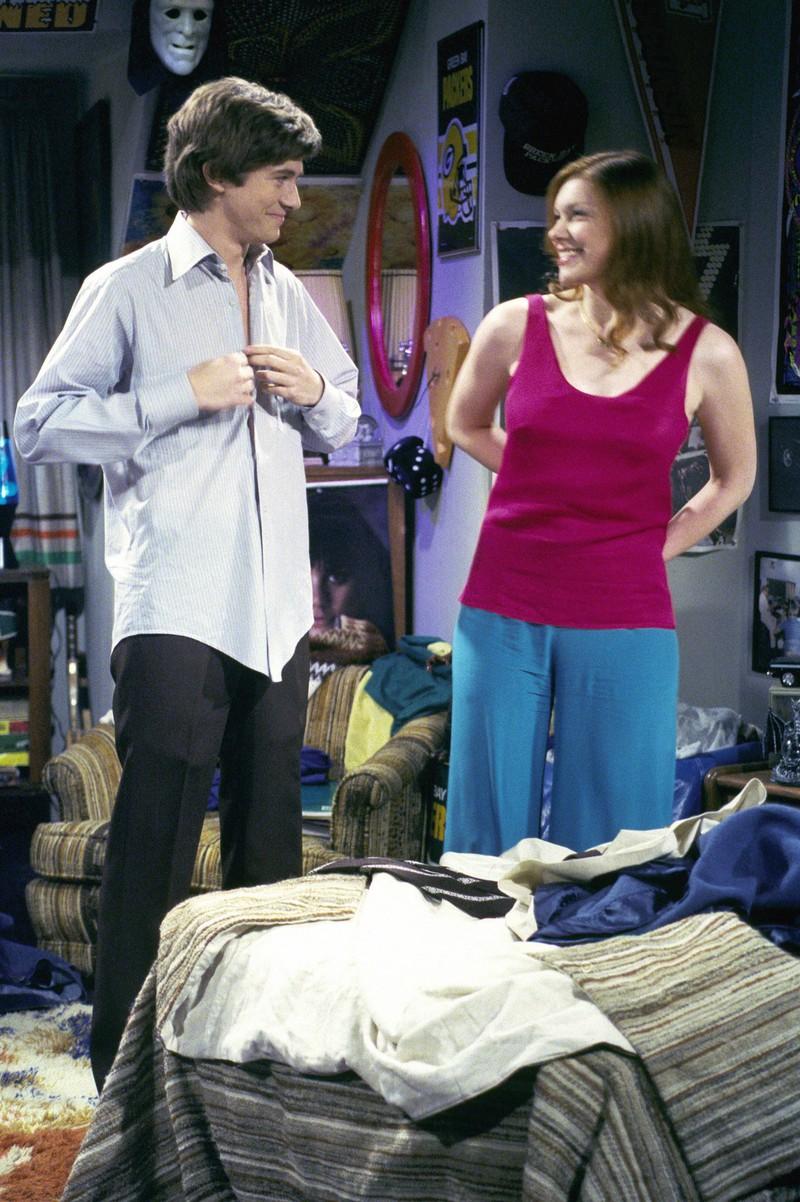 """In der Serie """"Die wilden Siebziger"""" waren Topher Grace und Laura Prepon als """"Eric"""" und """"Donna"""" zu sehen."""