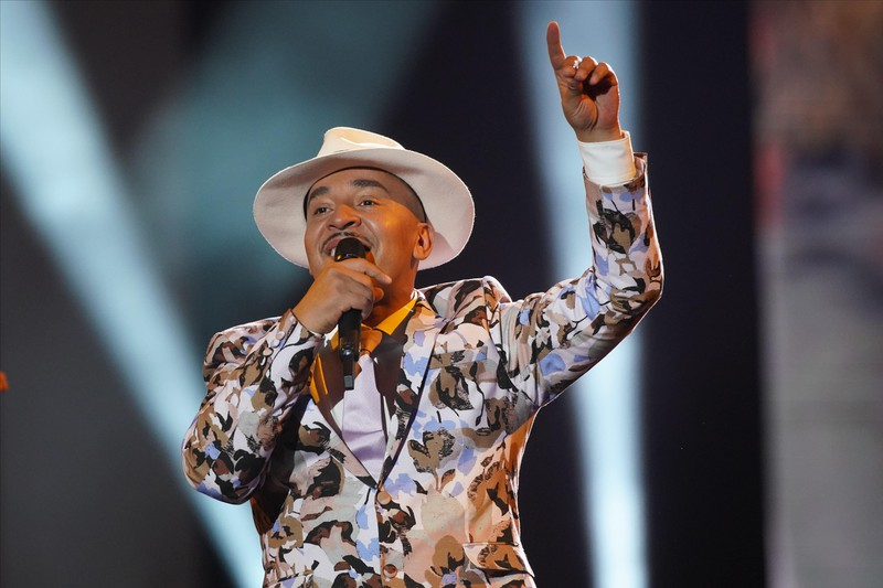 Der 90s-Sänger Lou Bega heute – immer noch auf der Bühne