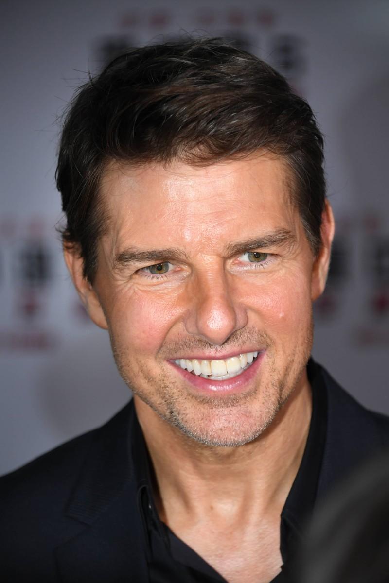 Ein Foto von Tom Cruise, der inzwischen ein Frauenscharm und Hollywood-Star geworden ist