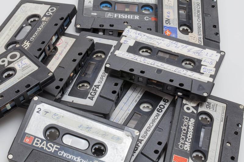 An die Kassetten können sich alle erinnern, die in den 90er Jahren aufgewachsen sind