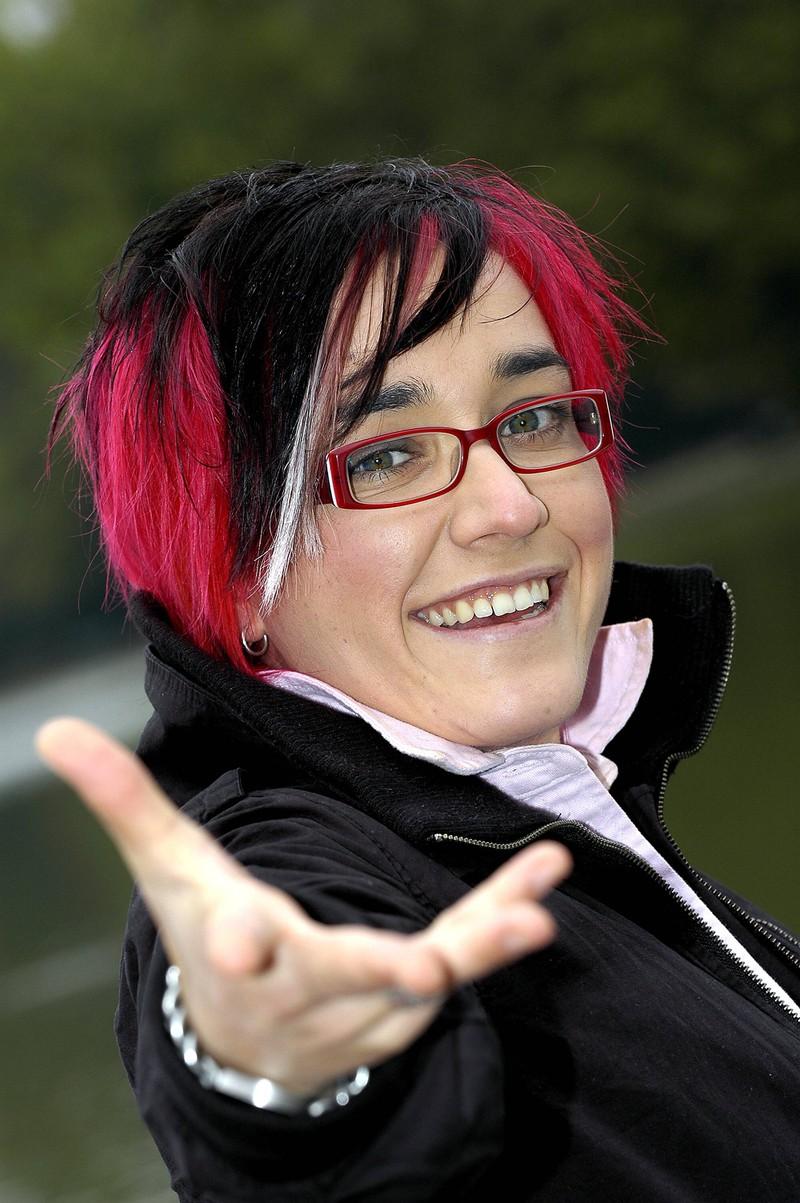 """Man sieht Elli Erl, die 2004 zweite bei ,,DSDS"""" wurde"""