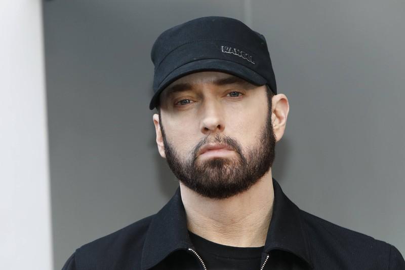 Eminem hat eine erfolgreiche Musikkarriere hinter sich und das ganz ohne Schulabschluss.