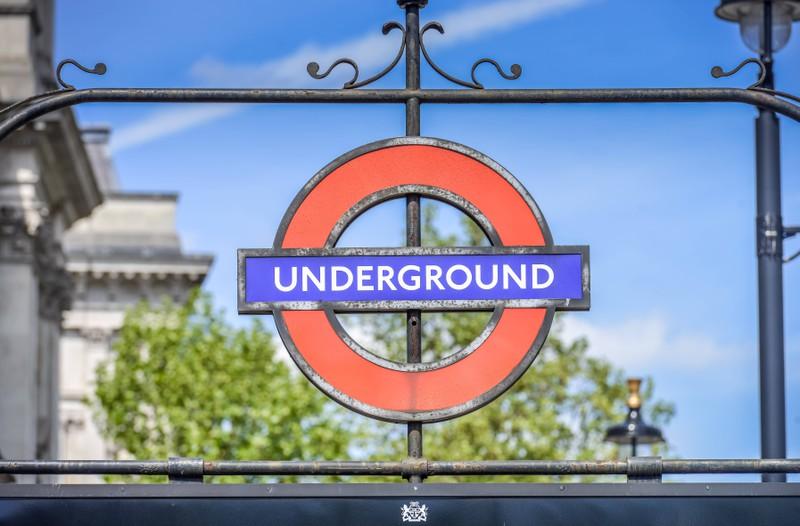 Die Narbe über Dumbledores Knie soll so aussehen, wie das Londoner U-Bahnnetz.