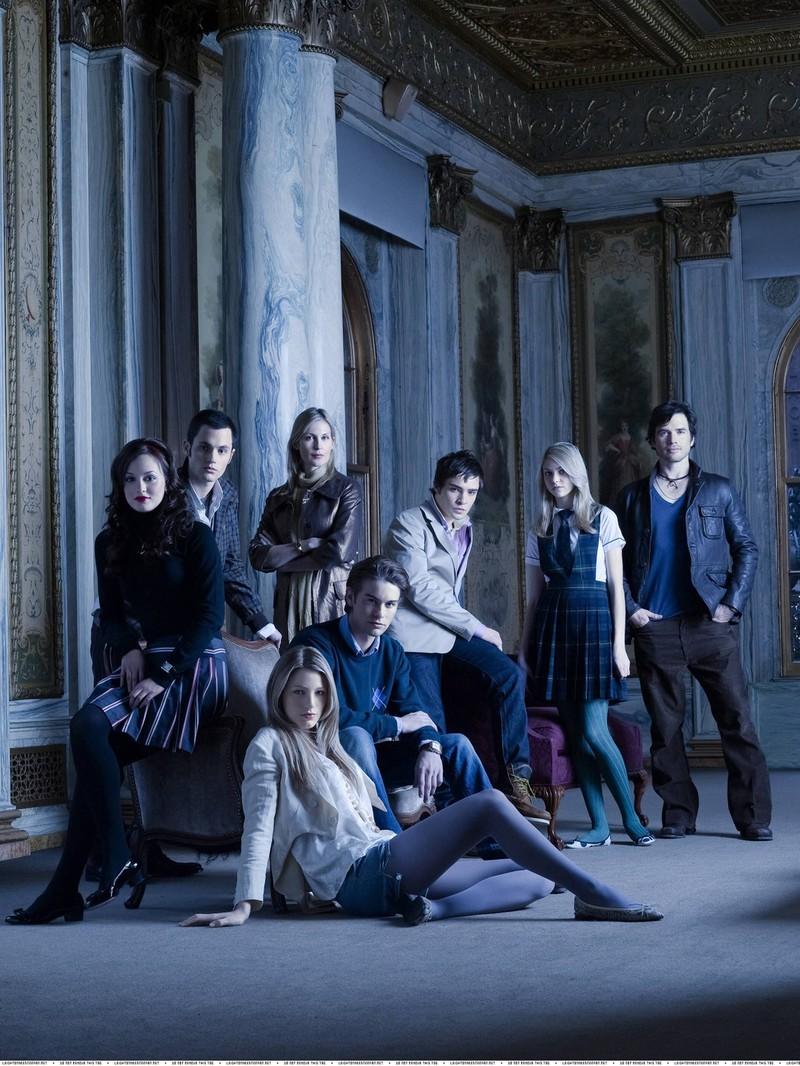 Der Cast der Serie Gossip Girl: Blair, Dan, Serena, Nate, Lily, chuck, Jenny und Ruphus