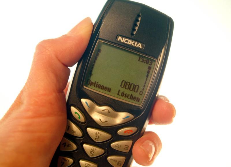 In den 90ern war es viel schwieriger eine Nachricht mit dem Handy zu schreiben