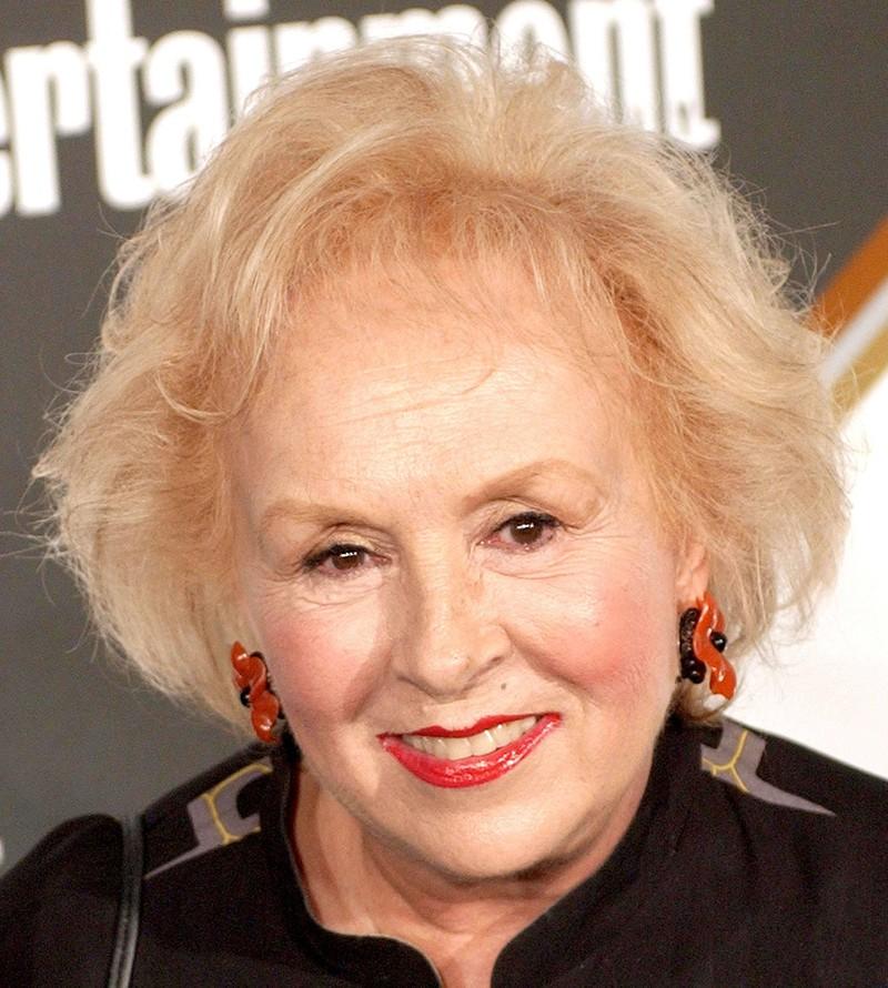 """Die berühmte Darstellerin Doris Roberts, die in der Serie """"Alle lieben Raymond"""" zu sehen ist, verstarb bereits."""