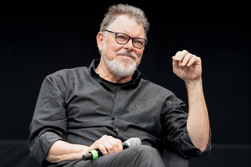 Als Regisseur drehte Jonathan Frakes einige Serien und Filme.