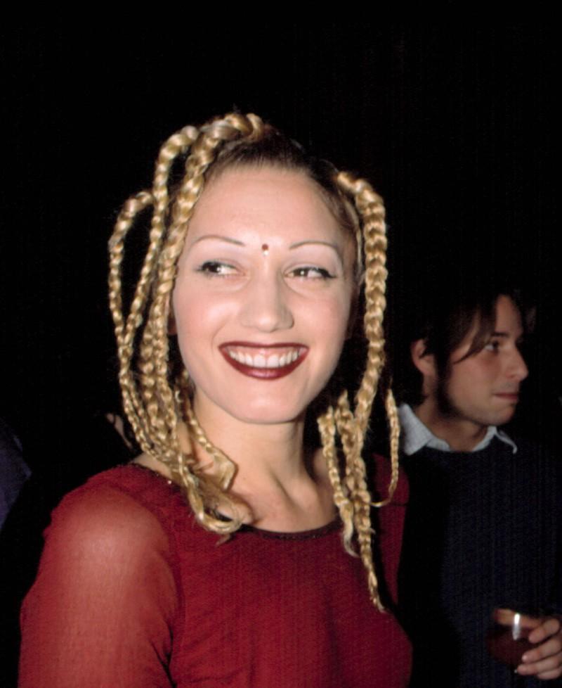 Gwen Stefani trug in den 2000ern dünne Augenbrauen
