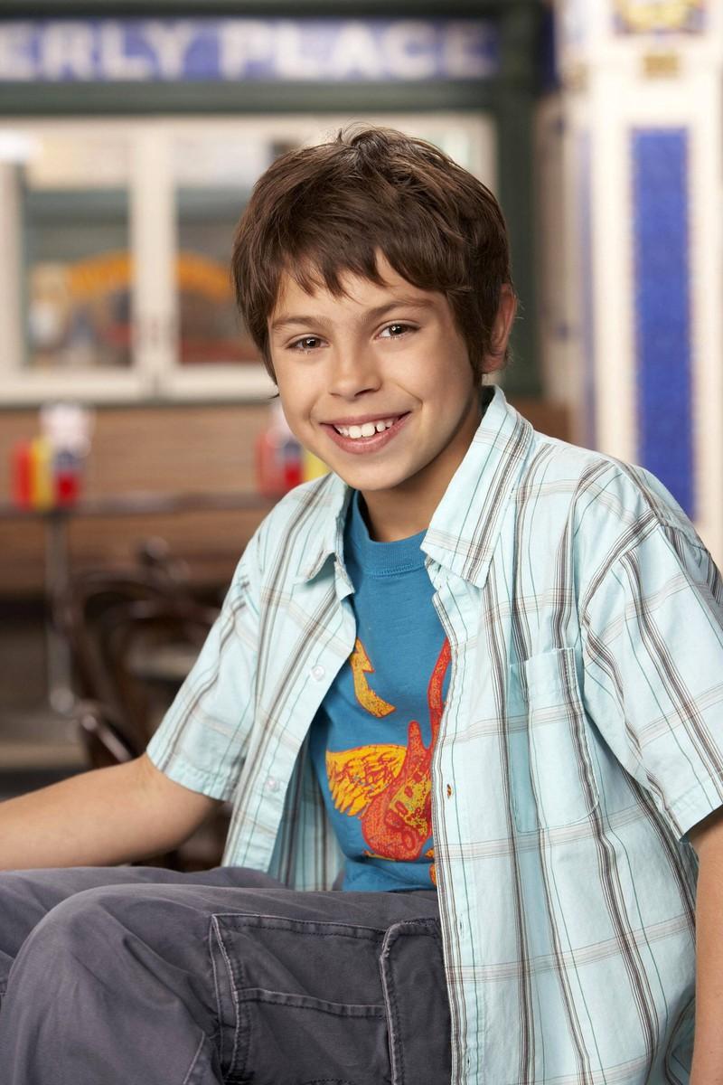 Jake T. Austin spielte Max Russo