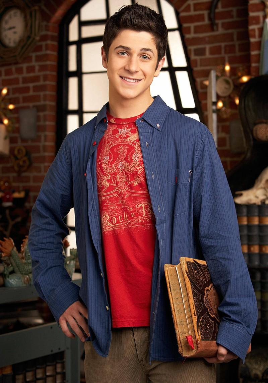 Justin wurde von David Henrie gespielt