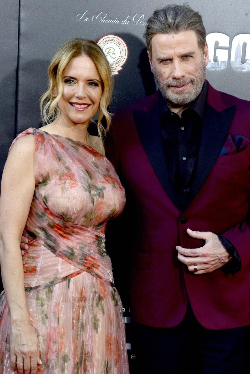 Ein Foto von Kelly Preston und Ehemann John Travolta. Sie verstarb nun an der Krebserkrankung