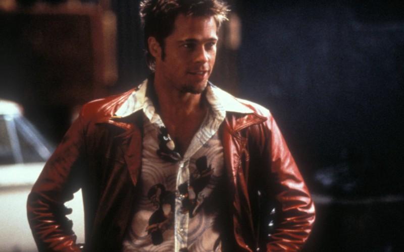 Brad Pitt am Set von Fight Club