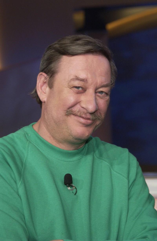 Jedes Mal trägt Christoph einen grünen Pullover