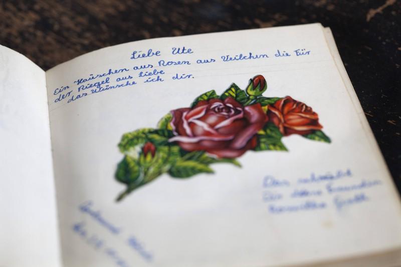 Viele Schüler hatten in den 90er-Jahren ein Poesiealbum.