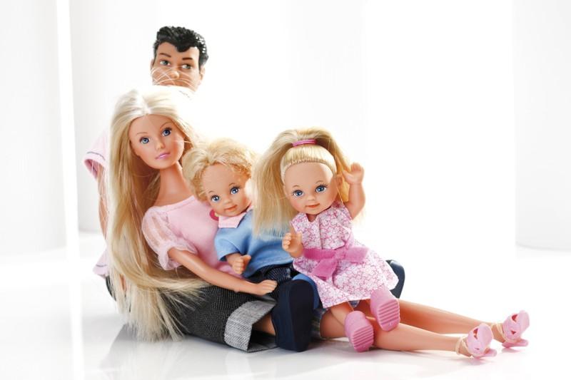 Manchmal war die Puppe auch schwanger, was ziemlich seltsam ist
