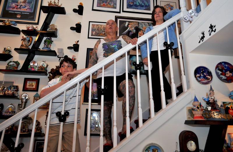 George Reiger hat nicht nur Disney-Tattoos, sondern sein ganzes Haus ist ein Fan-Museum.