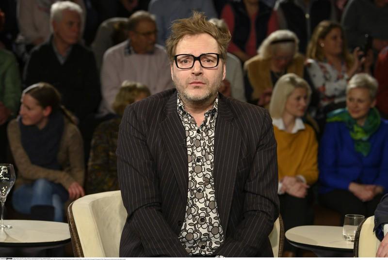 Paul Panzer, der als Markenzeichen seine markante Hornbrille trägt